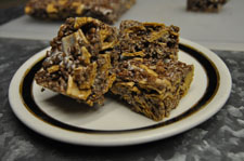 Healthy Snack:  Fat Free Crunchy S'mores Bars